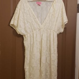 Ladies off white casual dress